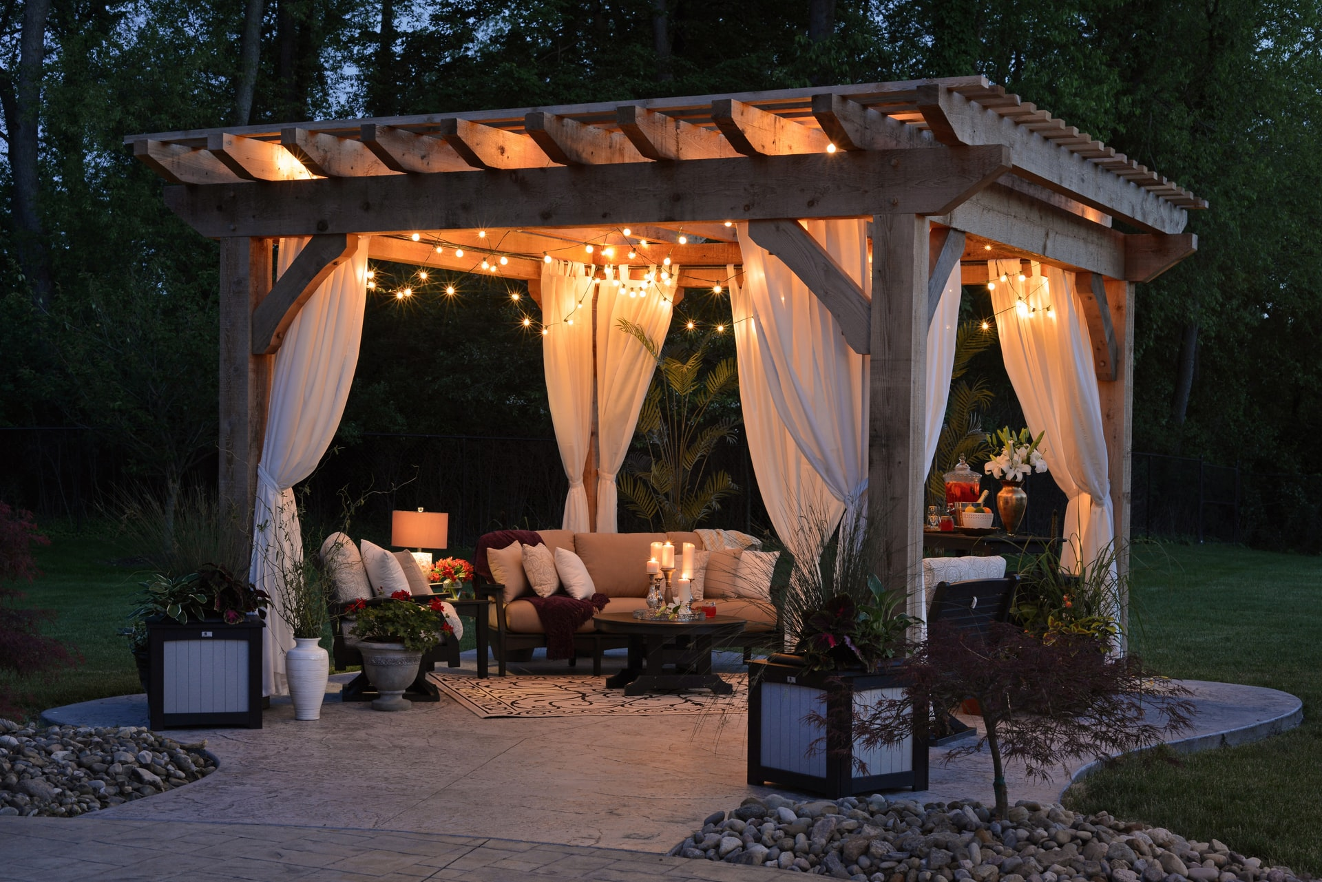 5 Tips to Creating Your Outdoor Haven